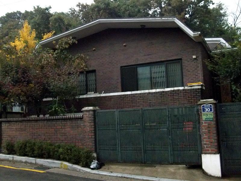 1층 단독 주택을 복층 구조로 리모델링