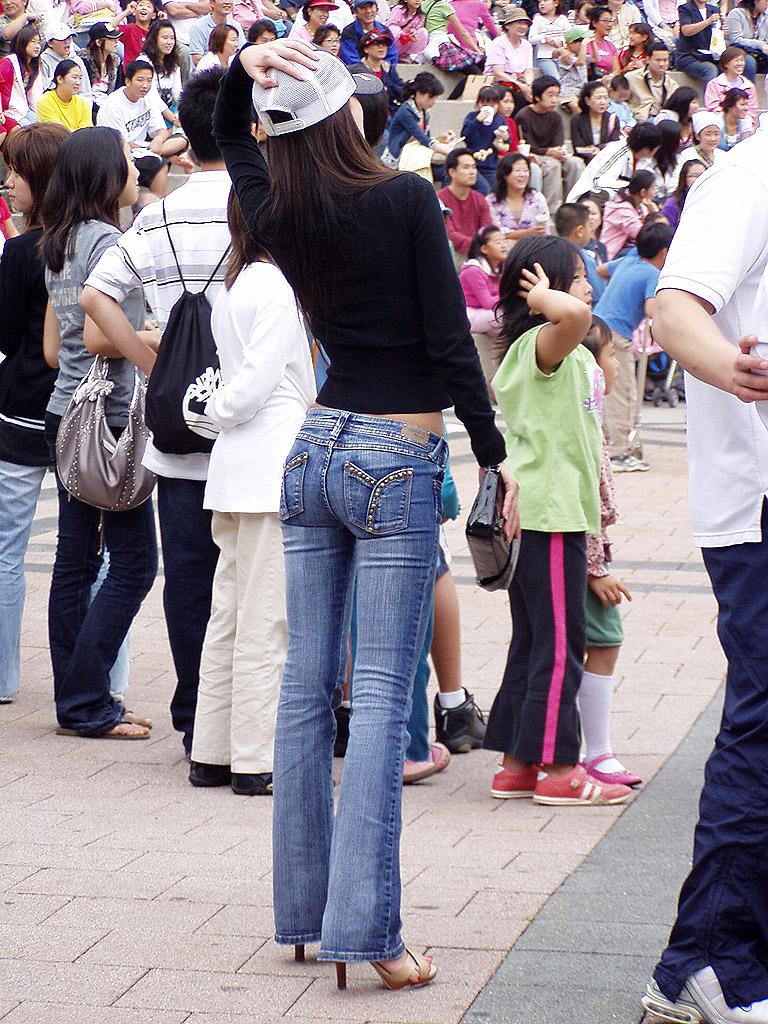 ★お尻の形がわかるパンツルックの女性 11★ [無断転載禁止]©bbspink.comYouTube動画>7本 ->画像>712枚