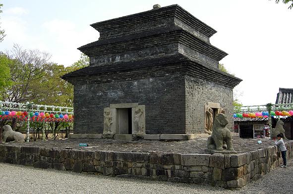 분황사탑의 돌사자상
