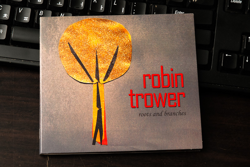 Roots and Branches - Robin Trower / 2013