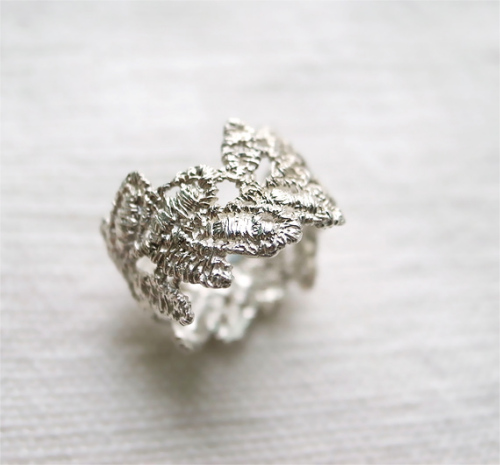 leaf lace ring