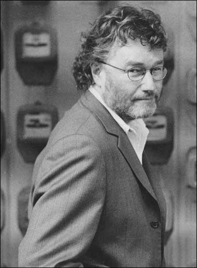 [부고] 작가 이언 뱅크스(1954년 2월 16일~2013년 6월 ..
