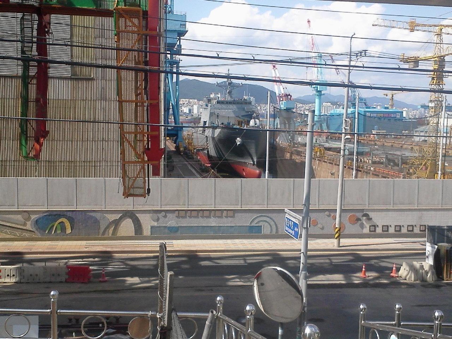 차기상륙함(LST-2)을 이용한 청해부대 작전(?)
