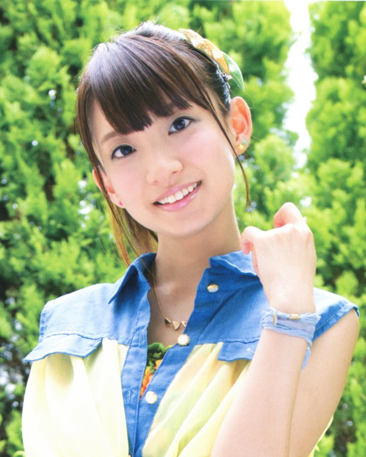 나나모리 중학교 오락부 성우들의 사진 몇장