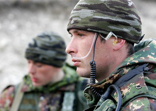 압하지야의 정찰부대 훈련에 네비게이션 장비도 ..