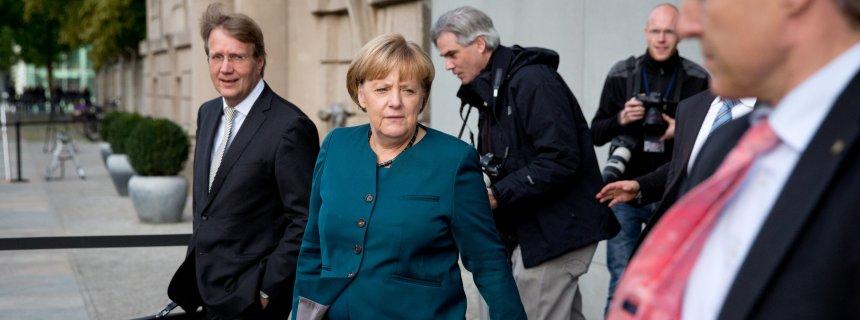 메르켈,사민당이냐 녹색당이냐 그것이 문제로다!