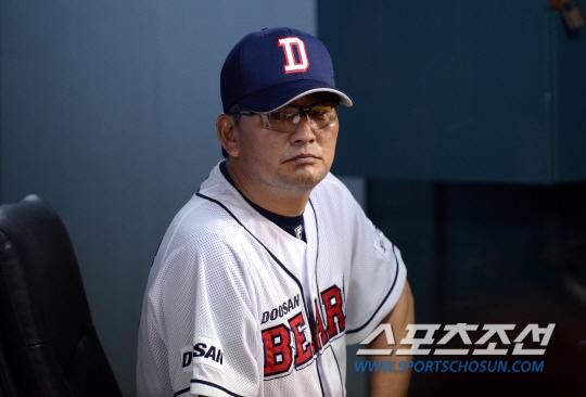 '소심 야구' 투수 출신 감독의 한계?