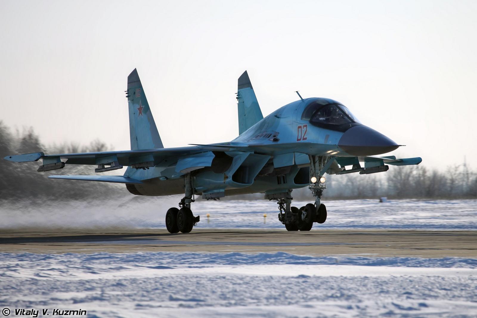 러시아 공군에 Su-34 전폭기의 인도를 완료한 수호..