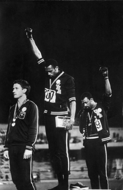 스포츠에서 가장 상징적인 사진 (존 도미니스, 1921-20..