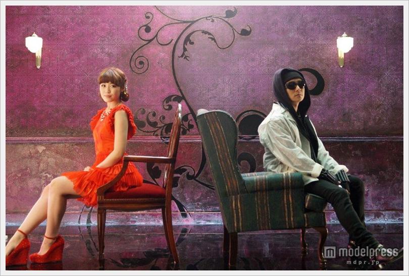 올해 가장 주목의 인기 가수 Flower 와시오 레이나..