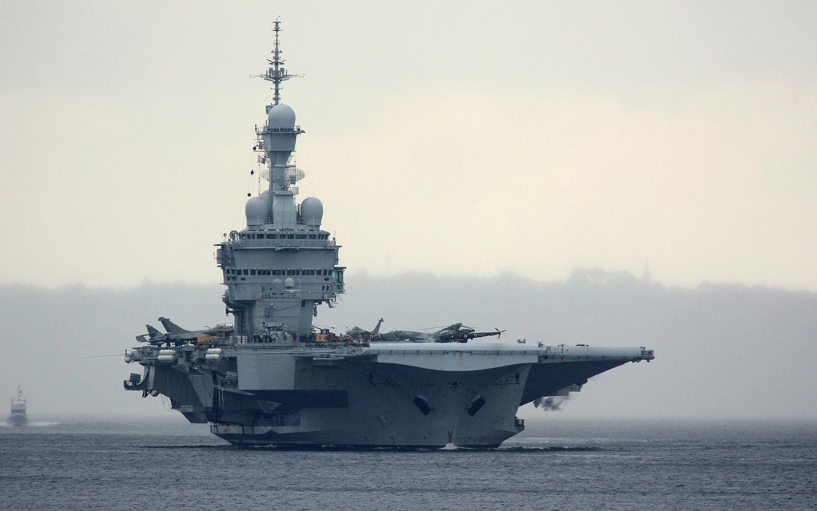 잠수함 노하우의 공유를 걸프 국가들에 제안한 프랑스