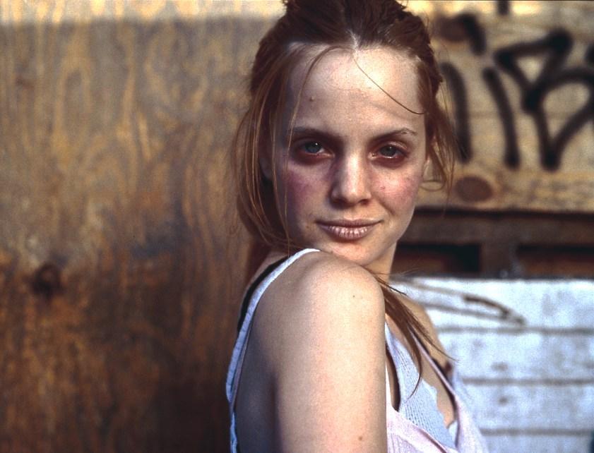 스펀 (Spun, 2002)