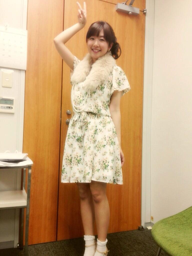 아노하나 트위터에 올라온 성우 카야노 아이씨의 사진