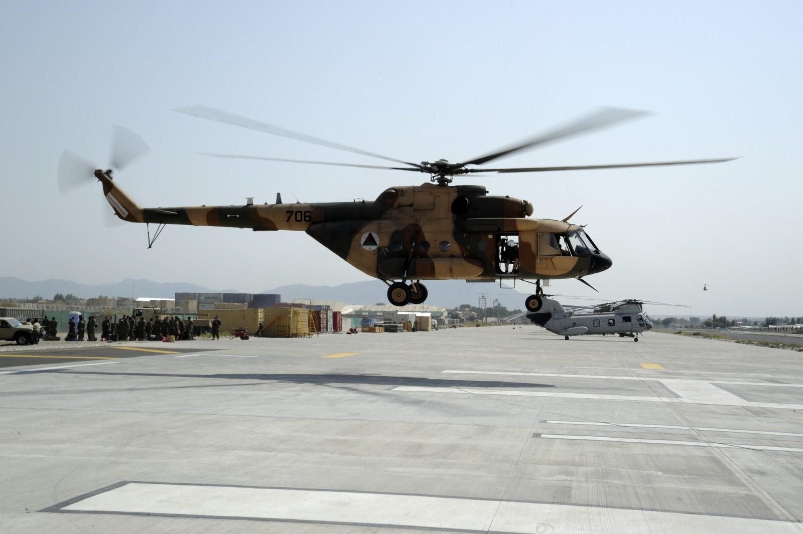 아프간에서 러시아와의 협력을 중단한 NATO 外