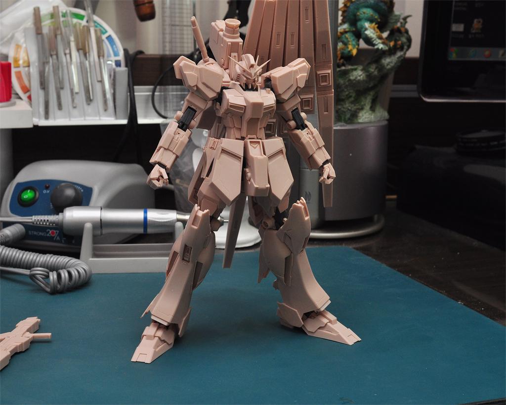 [1/100] W+ υ-Gundam Extrafit - 가조립