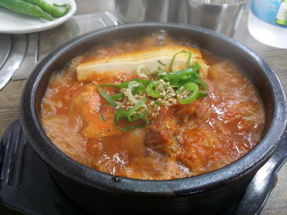[인하대] 고마워감자탕 - 묵은지 찌개