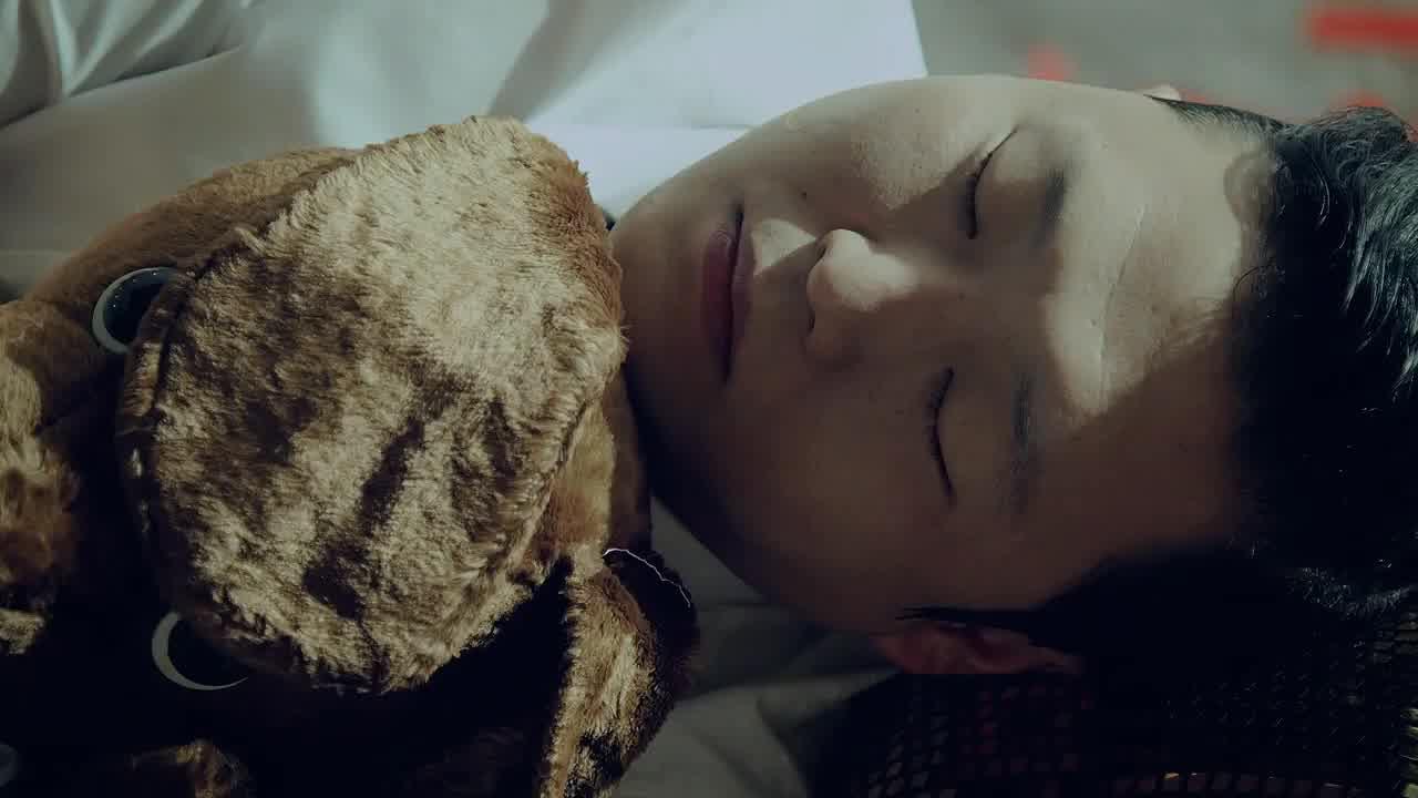 싸이(Psy)의 신곡 '행오버(Hangover)'M/V