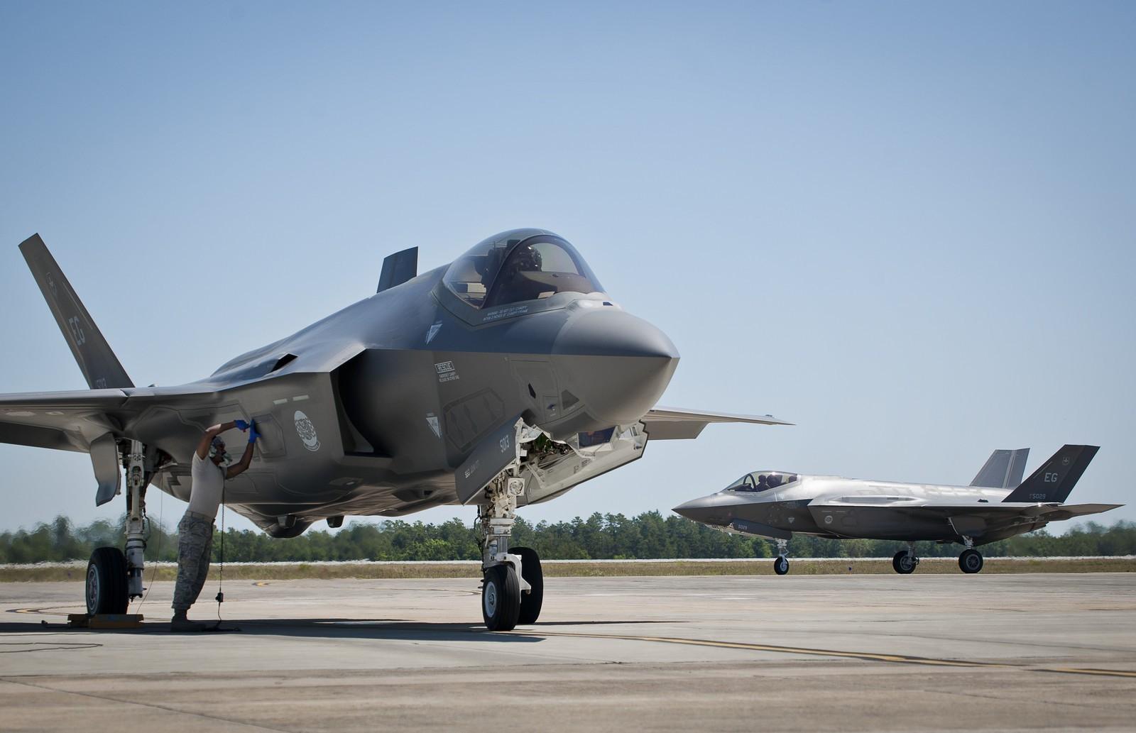 미 플로리다주에서 화재 사고를 겪은 F-35 전투기