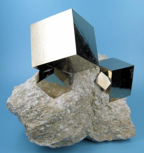 이게 천연 광물이라는 사실이 믿겨집니까?