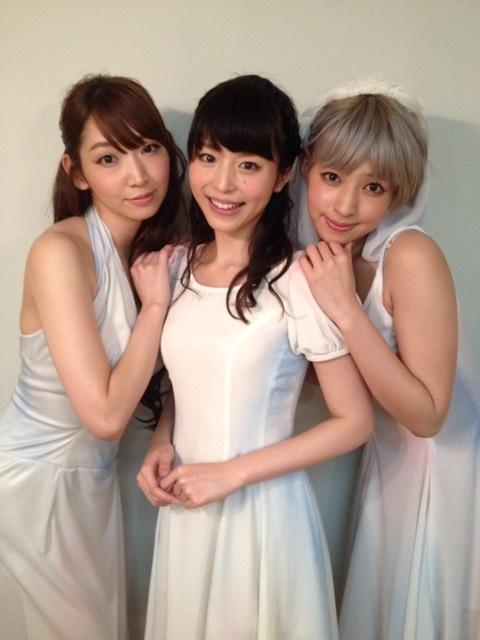 성우 히라노 아야가 자신의 블로그에 올린 사진 몇장