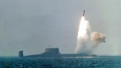 [BGM!] 대한민국과 서방 국가들, 북한 잠수함 ..