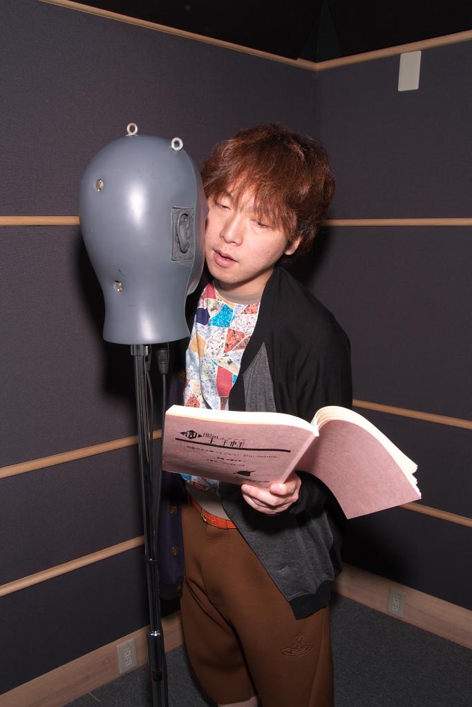 성우 타치바나 신노스케씨의 사진, '제복의 왕자님' C..