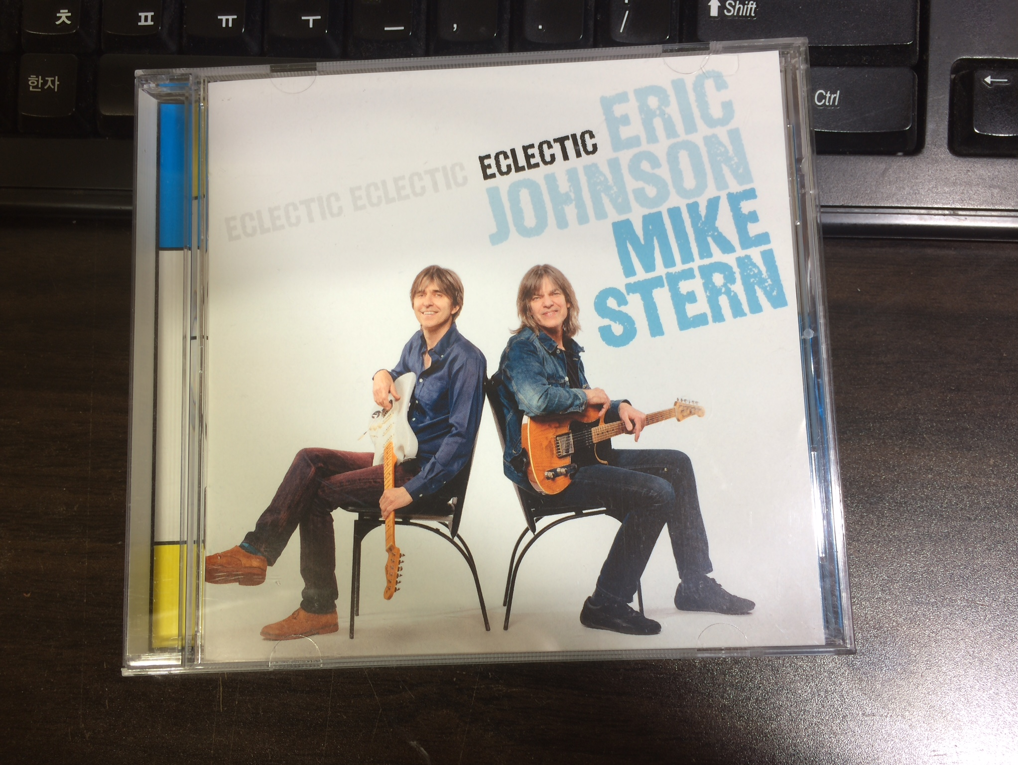 Eclectic - Eric Johnson & Mike Stern / 2014