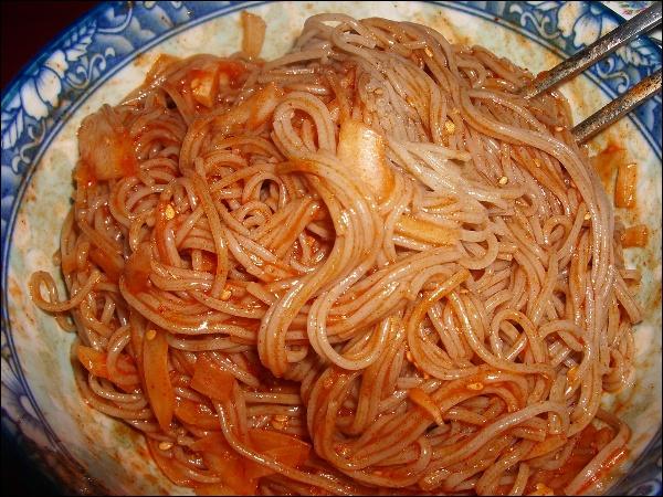 메밀 비빔국수 만들기, 요구르트