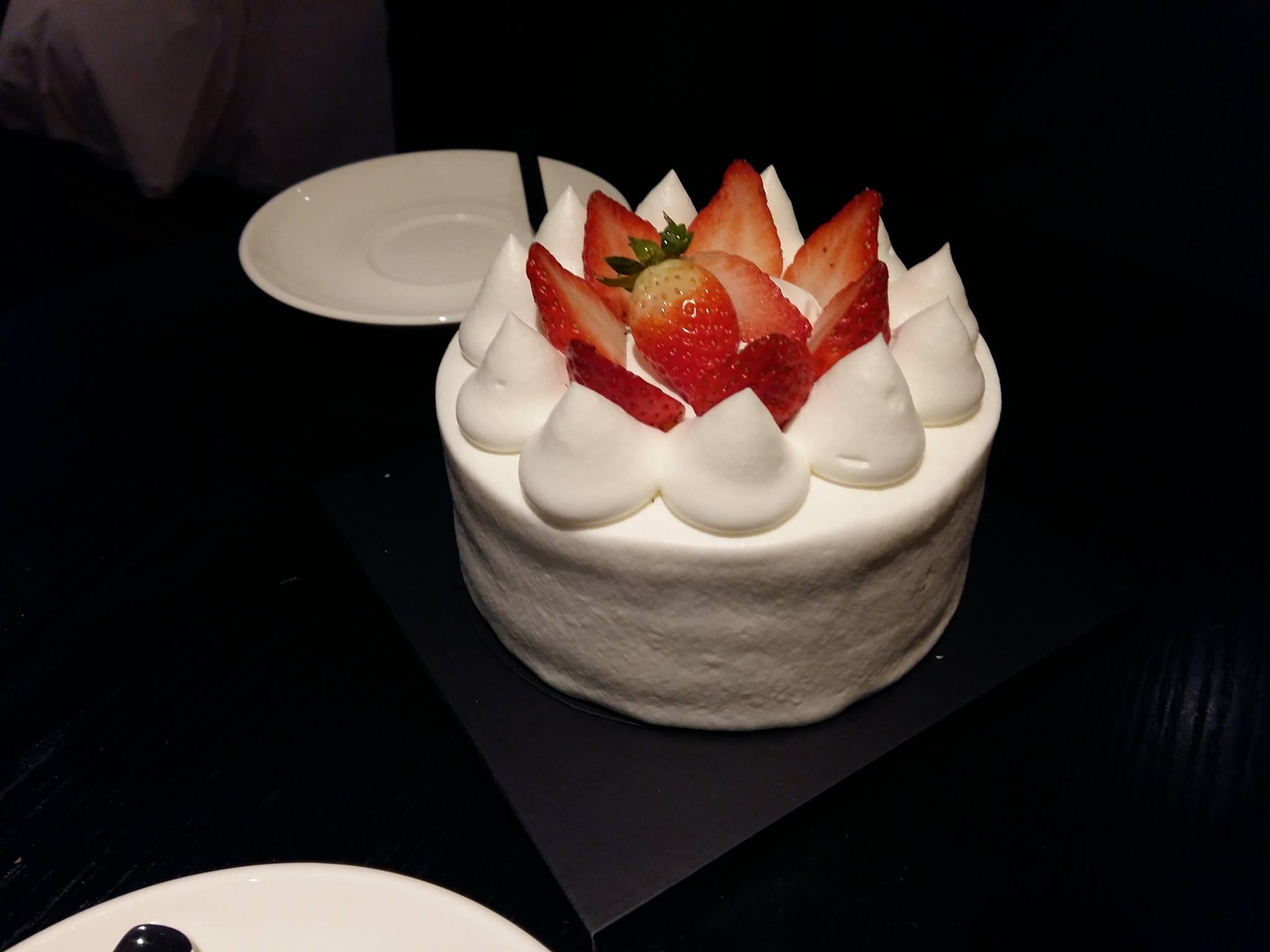 [피오니] 딸기케이크