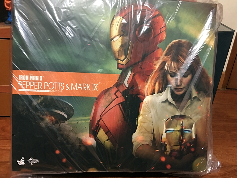 Hottoys IRON MAN MK9 & PEPPER POTTS
