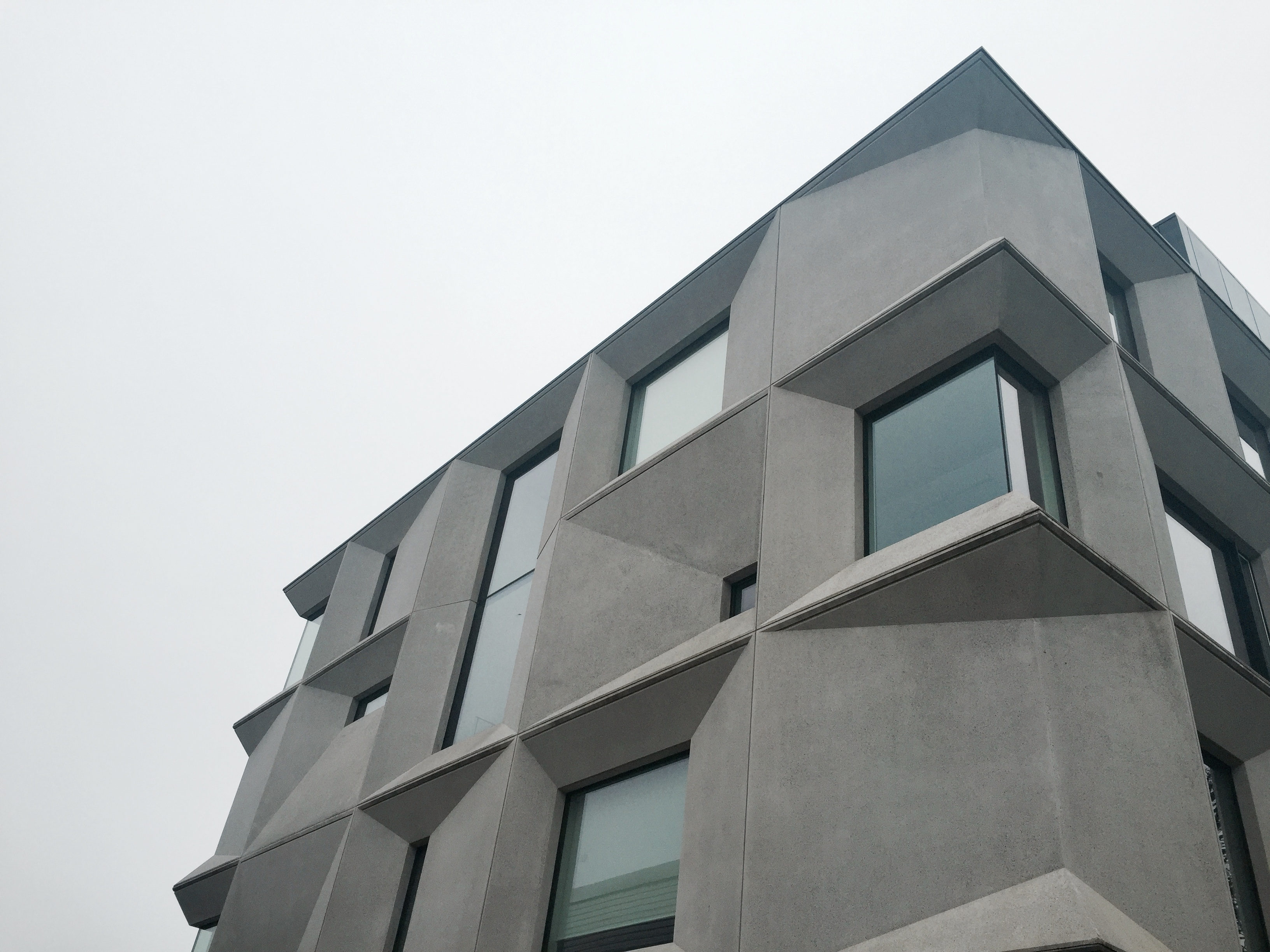 2015 RIBA Sterling Prize 수상작 _Burntwood S..