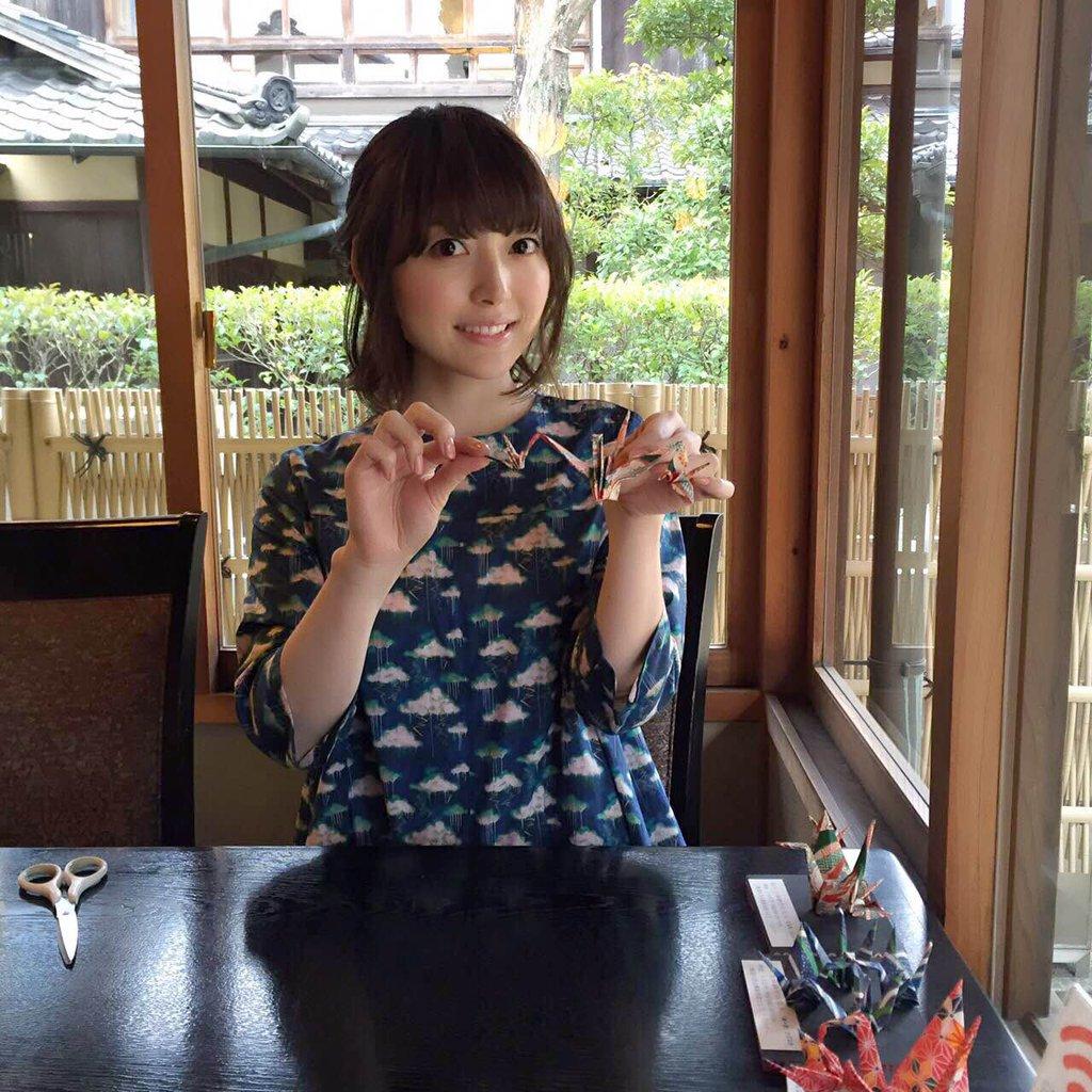 성우 하나자와 카나씨의 사진, 미에현 쿠와나에서