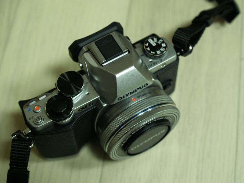 올림푸스 OM-D E-M10 미러리스 카메라 구입
