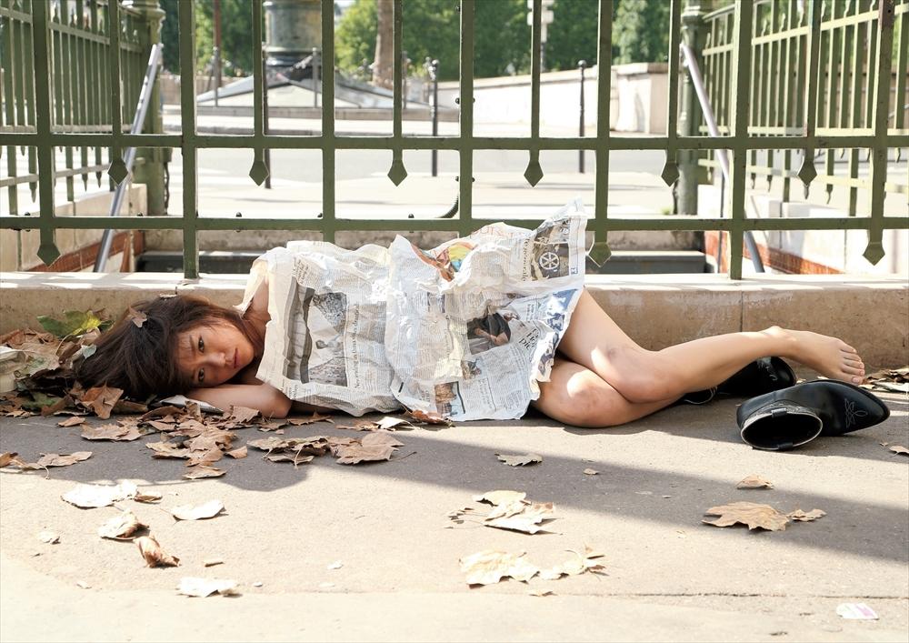 키리타니 미레이 알몸으로 노상에 방치되다
