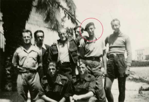 맥케인이 공산주의자에게 보내는 조사