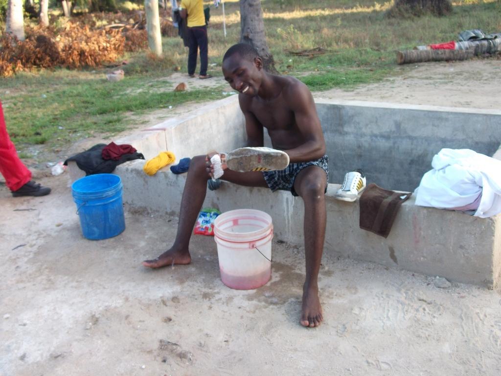 [탄자니아] 인도양의 미카디 비치 야외 훈련