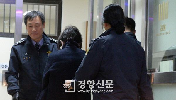 """마침내 입연 박재홍 감독 """"최순실, 재산해외도피가.."""