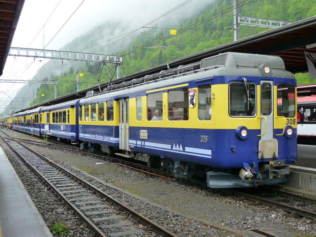 융프라우쪽으로 가자. 인터라켄-그린덴발드 열차편