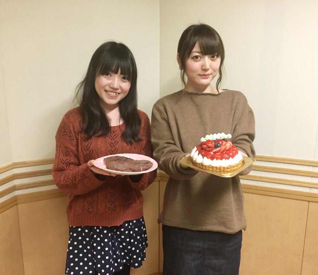 성우 하나자와 카나 & 쿠노 미사키씨의 사진, 히..