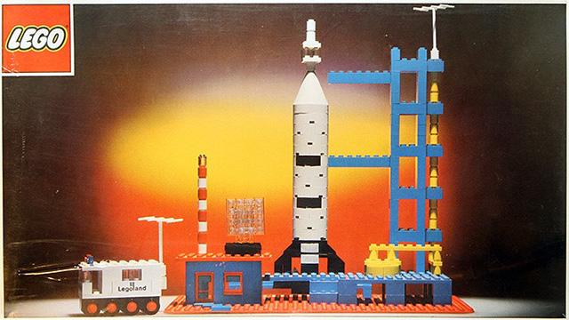 레고, 우주 진출의 역사
