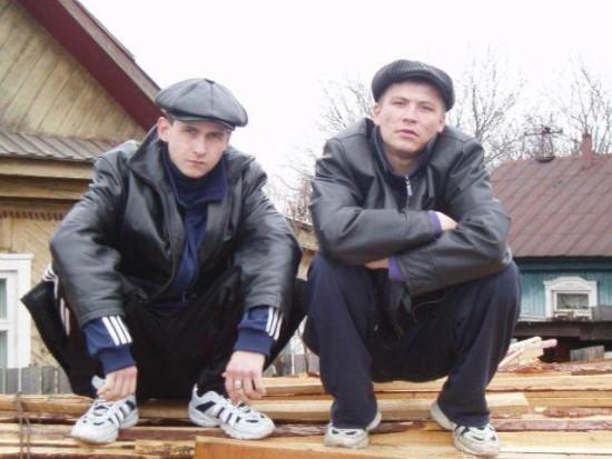 러시아인들의 흔한 아디다스 츄리닝에 대한 열광