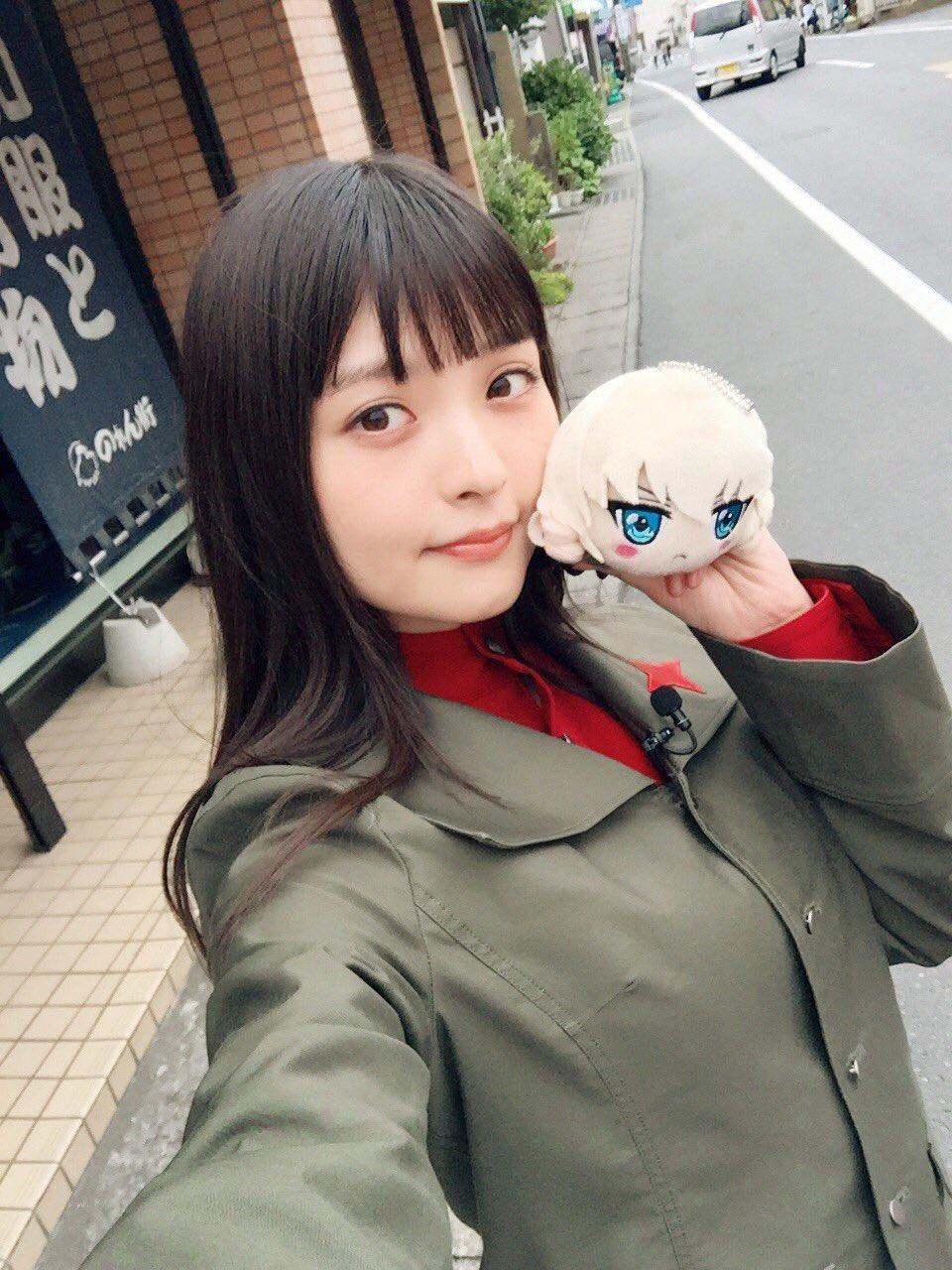 성우 우에사카 스미레의 사진, 걸판의 성지인 오오..