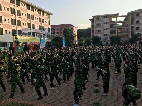 베트남의 헬리콥터 부모들에 대한 비판