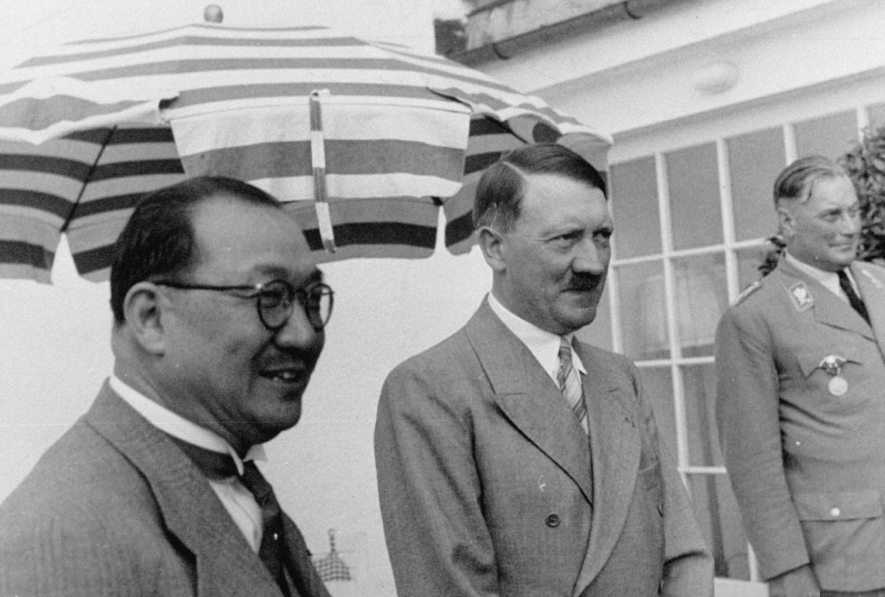 """[37년]히틀러,""""전 장개석을 존경합니다!"""""""